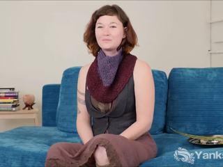 Youporn female režiser series - yanks punca turquoise talks o the odrasli industrija