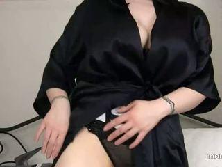 Maminka nalezeno ven sons porno historie
