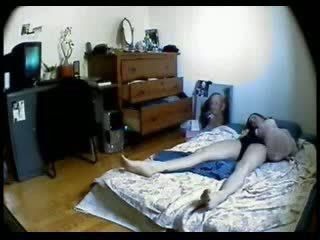 Hidden cam in ariani of my sister kejiret her masturbasi