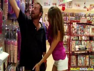 Hot Babe Rhiannon Alize Engulfing Massive Cock
