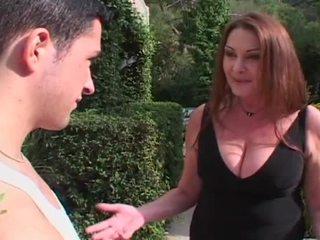 श्यामला, बिग डिक, बड़े स्तन