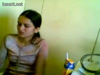 Pakistan sekretarya working kanya amo