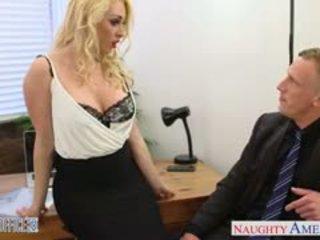 Blonda victoria summers călătorie pula în the birou