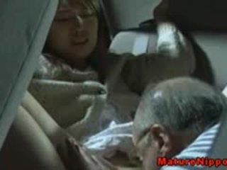 Nhật bản trưởng thành mẹ tôi đã muốn fuck gets oralsex