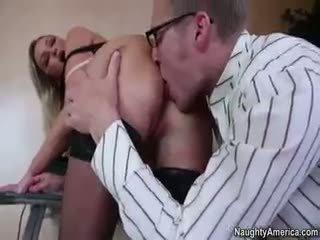 realitāte, big boobs