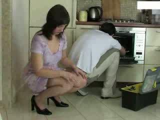housewife, repairman