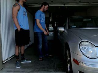 Mechanic shows μακριά από του skills να 2 bros που πάρει wrenched