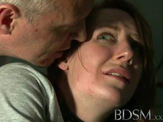 Bdsm: nuori teinit tortured mukaan mestari valkoinen