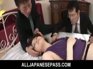 Rina koizumi हॉट एशियन मॉडेल में सेक्सी स्टॉकिंग्स gets गड़बड़
