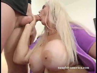Breasty Momma Kayla Kupcakes Enpleasur...
