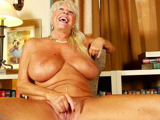 Super GILF with Big Tits and Sexy MILF, Porn c2